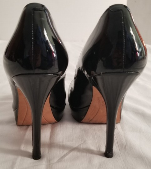 Joan & David Black Pumps