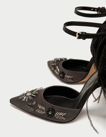 Zara Beaded Embroidered Pointy Toe Silver Black grey Pumps