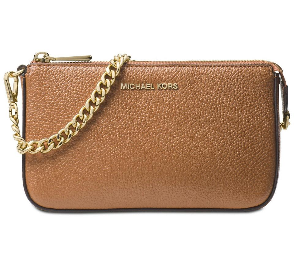 2bda7b6c44f5 Michael Kors Bags - Up to 90% off at Tradesy