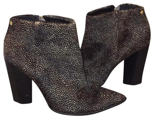 Preload https://img-static.tradesy.com/item/23105044/black-with-tan-spotted-cowhide-bootsbooties-size-eu-38-approx-us-8-regular-m-b-0-1-540-540.jpg