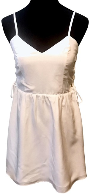 Preload https://img-static.tradesy.com/item/23105083/parker-white-penelope-lace-up-with-sweetheart-neckline-short-casual-dress-size-4-s-0-2-650-650.jpg