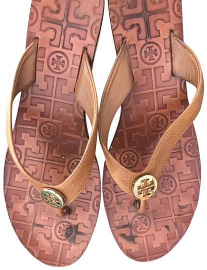 Preload https://img-static.tradesy.com/item/23105453/tory-burch-5555-sandals-size-us-95-regular-m-b-0-1-540-540.jpg
