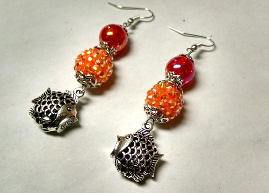 Other New Fish Charm Dangle Earrings Orange Pink J825
