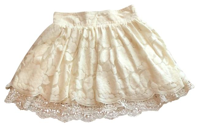 Forever 21 Ivory Lace Skirt Size 0 (XS, 25) Forever 21 Ivory Lace Skirt Size 0 (XS, 25) Image 1