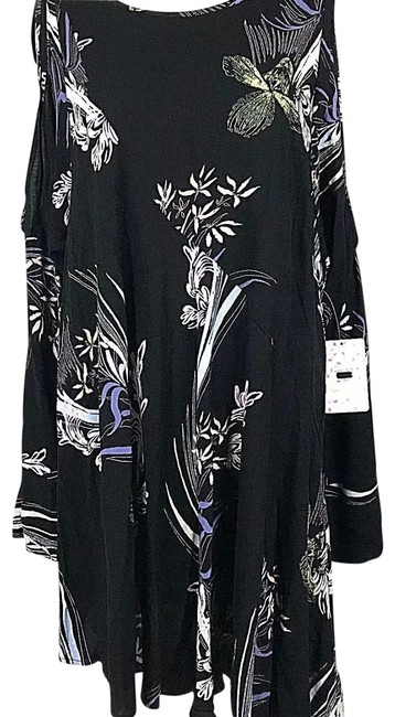 Preload https://img-static.tradesy.com/item/23106631/free-people-black-floral-clear-skies-short-casual-dress-size-6-s-0-1-650-650.jpg
