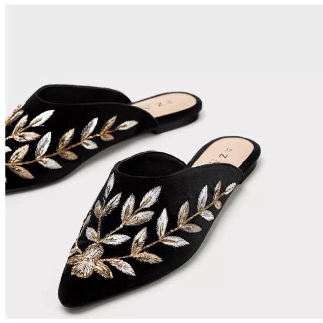 Item - Black Penny Loafers with Pearls Mules/Slides Size US 6 Regular (M, B)