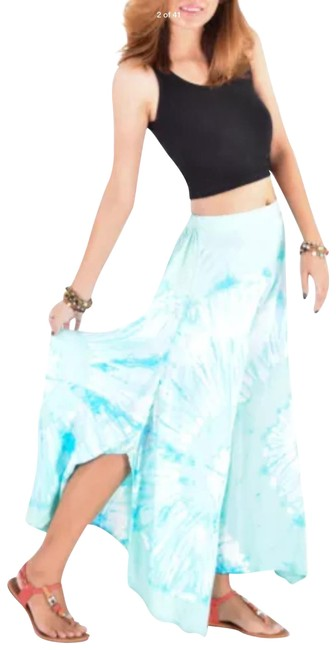 Preload https://img-static.tradesy.com/item/23107487/blue-tie-dye-high-palazzo-pants-size-2-xs-26-0-1-650-650.jpg
