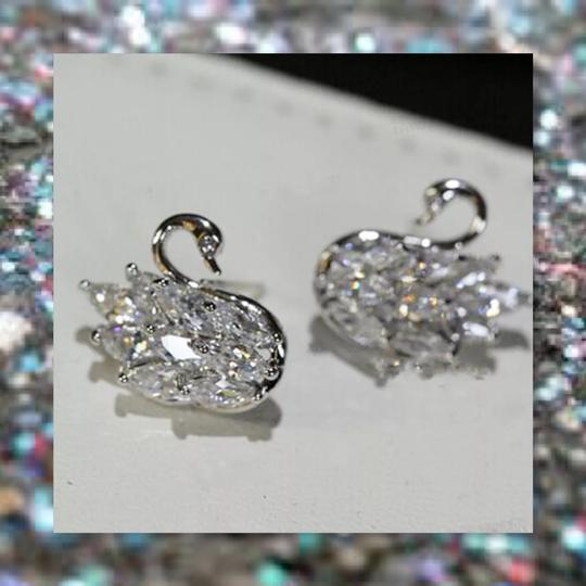 Other New 925 Silver Swarovski Crystal Earrings Image 2