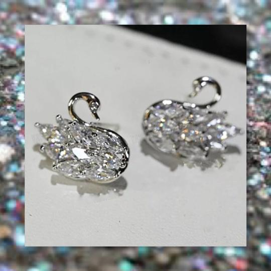 Other New 925 Silver Swarovski Crystal Earrings Image 3