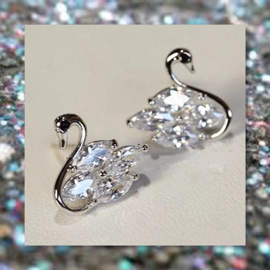 Other New 925 Silver Swarovski Crystal Earrings Image 4