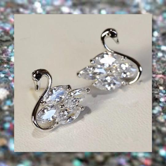 Other New 925 Silver Swarovski Crystal Earrings Image 5