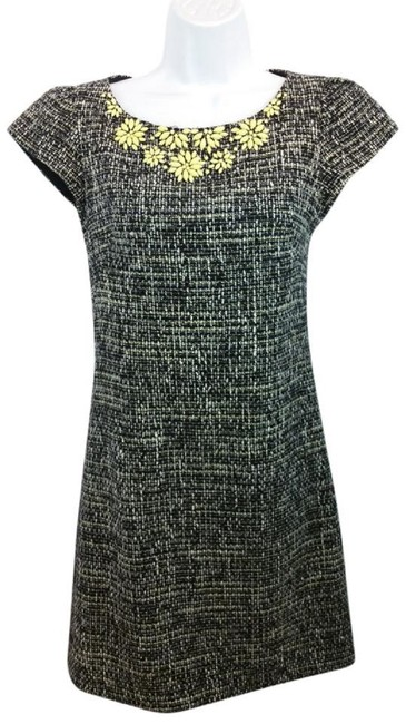 Preload https://img-static.tradesy.com/item/23107941/rebecca-taylor-black-and-white-embellished-neck-tweed-mid-length-workoffice-dress-size-10-m-0-0-650-650.jpg