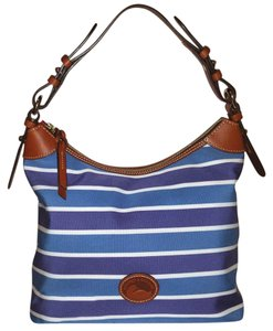 Dooney & Bourke Nylon Leather Lined Excellent Condition Hobo Bag