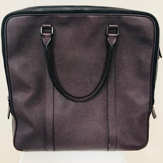 Burberry Grained Leather Tote in Burgundy Image 4
