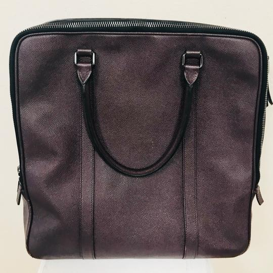 Burberry Grained Leather Tote in Burgundy Image 5