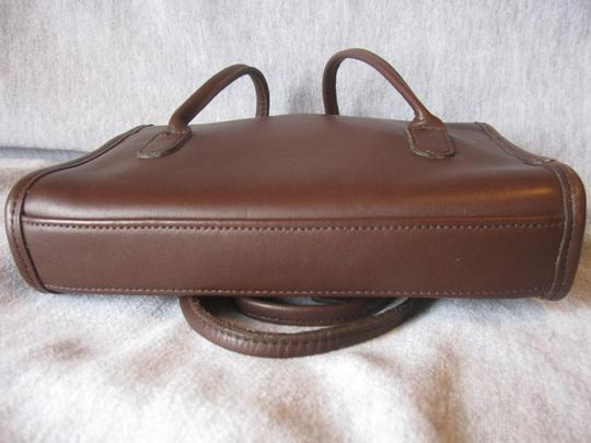 Coach Laurie Flap Style 9032 Attached Rare Near Vintage Shoulder Bag