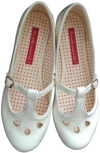 b.a.i.t. T-strap Buckle Mary Jane white Flats