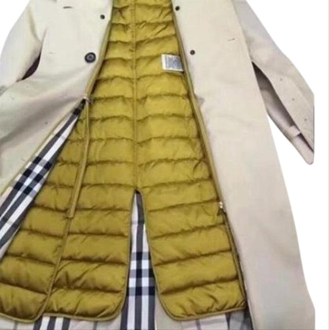 Item - Cream Tan It's Luxe Iconic This Features The Classic Style Signature Details Including Epaulettes Hook Eye Coat Size 10 (M)