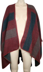 BB Dakota Burgundy Sweater Wrap Fabfitfun Cape