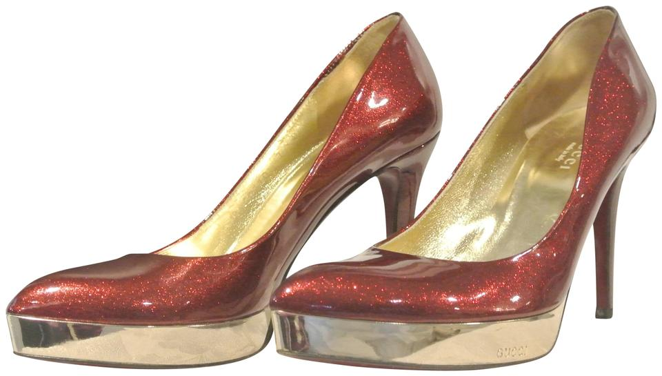 1df3a3bd161 Gucci Red Ruby   Gold Platform Heels Pumps Size US 7 Regular (M