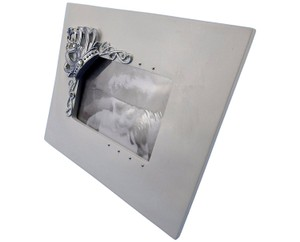"Silver Elegant Tabletop 3d Crown Artwork - Holds 5"" X 7"" Picture Photo Frame"