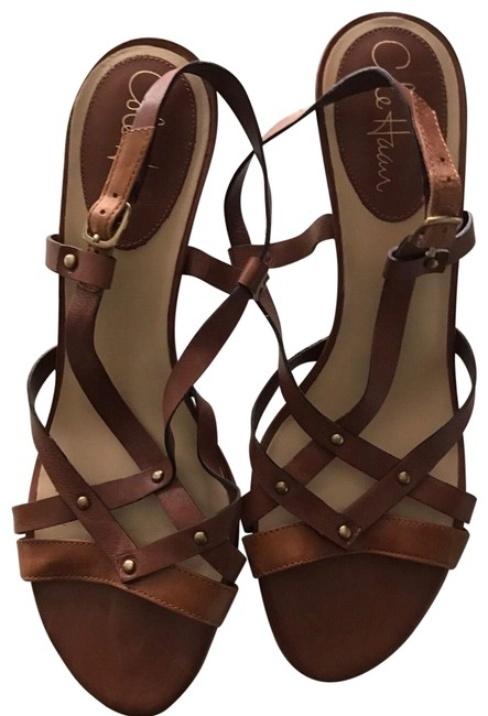 Item - Brown Leather Strappy Sandals Size US 6.5 Regular (M, B)