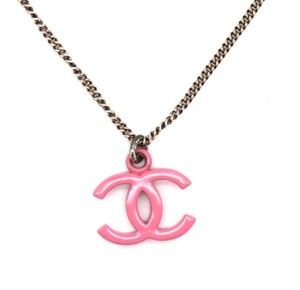 Chanel CC resin silver necklace
