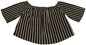 Ambiance Bold Stripe Cropped Cropped Length & Shoulder Top Black White