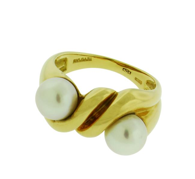 Item - Yellow Gold Double Pearl In 18 Karat Size 6.75 Ring