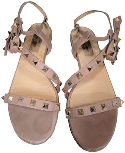 Valentino Rockstud Leather Beige Sandals