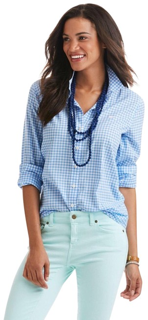 Preload https://img-static.tradesy.com/item/23119926/vineyard-vines-neon-green-relaxed-oxford-button-down-top-size-8-m-0-1-650-650.jpg