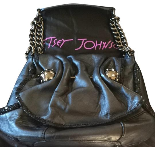 Preload https://item4.tradesy.com/images/betsey-johnson-black-leather-shoulder-bag-2312153-0-0.jpg?width=440&height=440