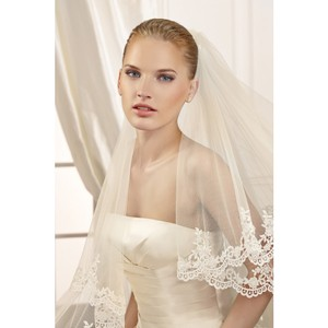 Pronovias Ivory Matches All Off White Brands. Long 2775 Bridal Veil