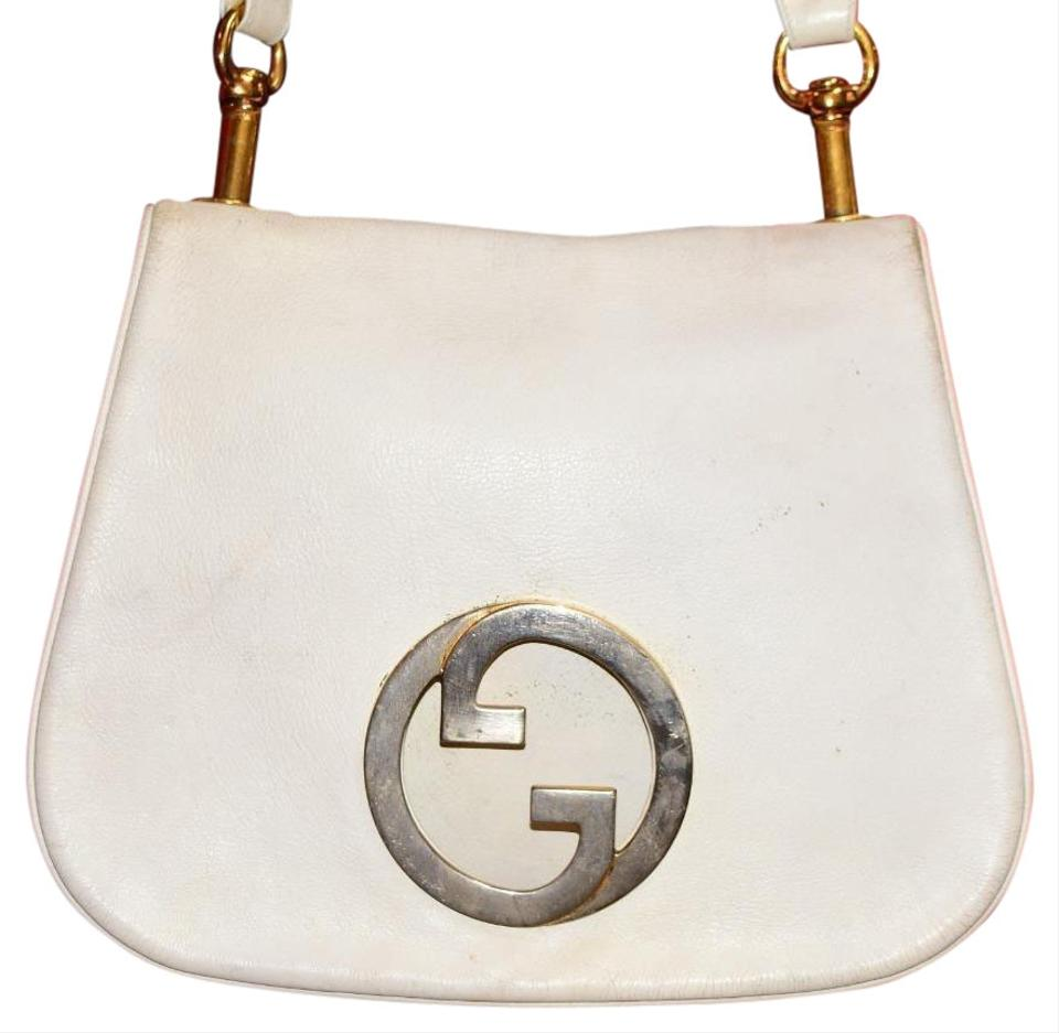 4d16377c691 Gucci Equestrian Accents Buttery Early Blondie Brit Saddle Style Mint  Vintage Hobo Bag Image 0 ...