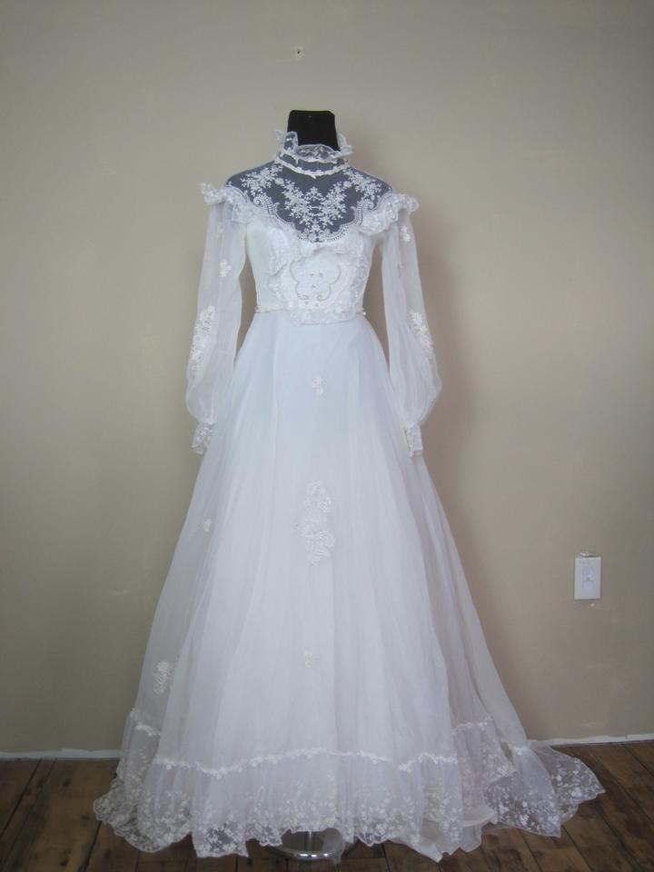 White Victorian Style Gown 70s Retro Sheer Sleeve Pearl