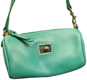 Dooney & Bourke Leather New Clutch Baguette Purse Wristlet in Teal