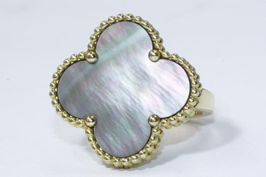 Van Cleef & Arpels Magic Alhambra ring Yellow gold, Mother-of-pearl Image 1
