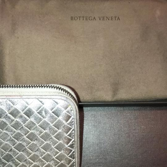 Bottega Veneta INTRECCIATO NAPPA ZIP-AROUND WALLET Image 2