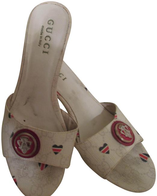 Item - White with Red Circular Logo & Hearts Kitten Leather Open Toe Sandals Size EU 38 (Approx. US 8) Regular (M, B)