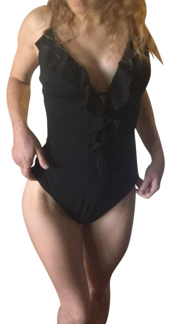Preload https://img-static.tradesy.com/item/23124106/black-one-piece-bathing-suit-size-4-s-0-1-650-650.jpg