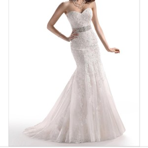 Maggie Sottero Ivory All Over Embroidered Lace Over Delustered Satin Ascher Fit & Flare Bridal Gown Feminine Wedding Dress Size 6 (S)