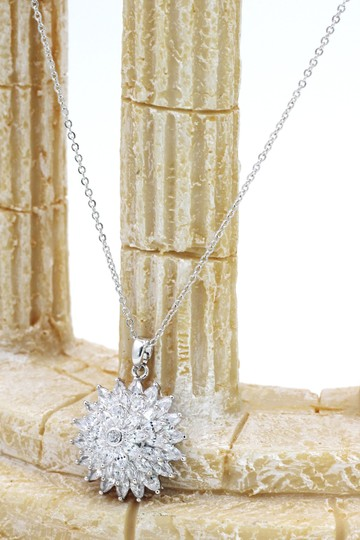 Ocean Fashion Sparkling sunflower crystal silver necklace Image 3