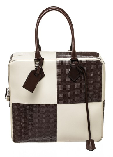 Preload https://img-static.tradesy.com/item/23126439/louis-vuitton-printemps-limited-edition-veau-dakota-damier-optic-cuir-white-and-brown-sequin-leather-0-0-540-540.jpg
