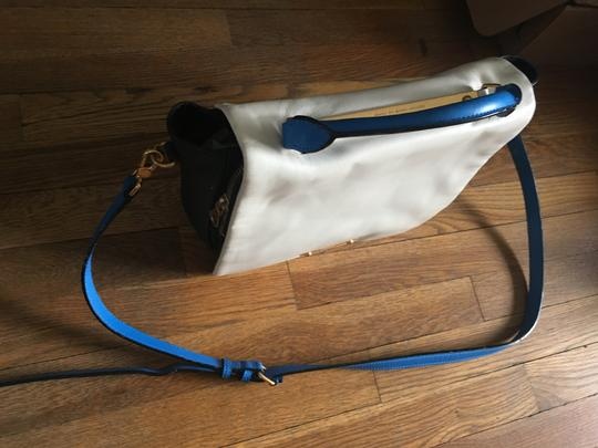 Marc by Marc Jacobs Gold Hardware Satchel in White and blue Image 5
