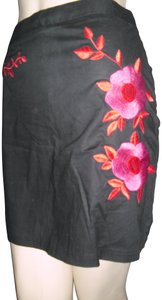 NAF NAF Mini Skirt Embroidered red roses