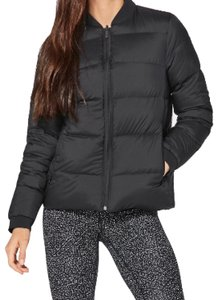 Lululemon NWT BLACK LULULEMON WEIGHTLESS WONDER JACKET - - Size 6