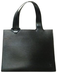 Added to Shopping Bag. Louis Vuitton Tote in Black. Louis Vuitton Gemeaux Shoulder  Black Epi Leather Tote a08a946c6c