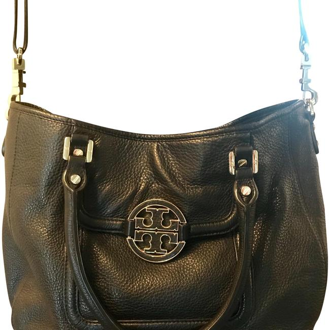 Item - Crossbody Amanda Impeccable Condition Black with Gold Hardware Leather Shoulder Bag