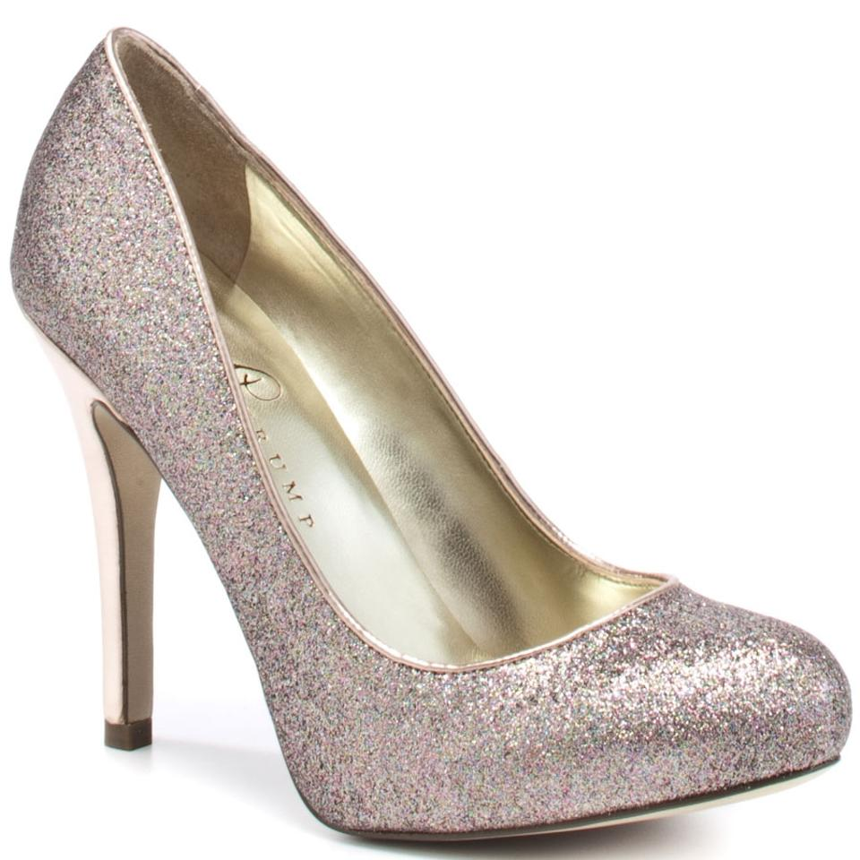 16e36abc3 Ivanka Trump Sequin Pumps Heels Closed Toe Gold and Silver Glitter Formal  Image 0 ...