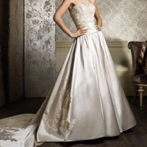 Alfred Angelo Gold 882 Formal Wedding Dress Size 14 (L)